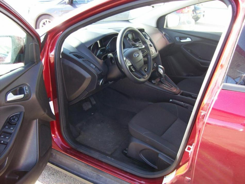 kershners auto korner auto sales and repair 2015 ford focus hastings ne 213 used cars. Black Bedroom Furniture Sets. Home Design Ideas