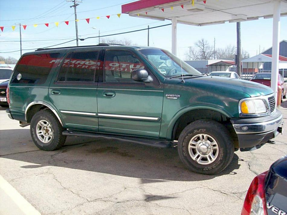 kershners auto korner auto sales and repair 2000 ford expedition hastings ne 34 used. Black Bedroom Furniture Sets. Home Design Ideas